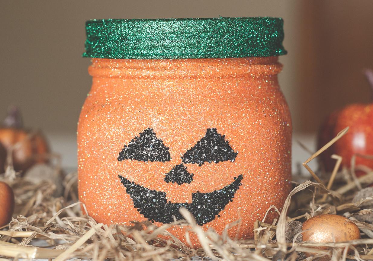 Glitter pumpkin mason jars