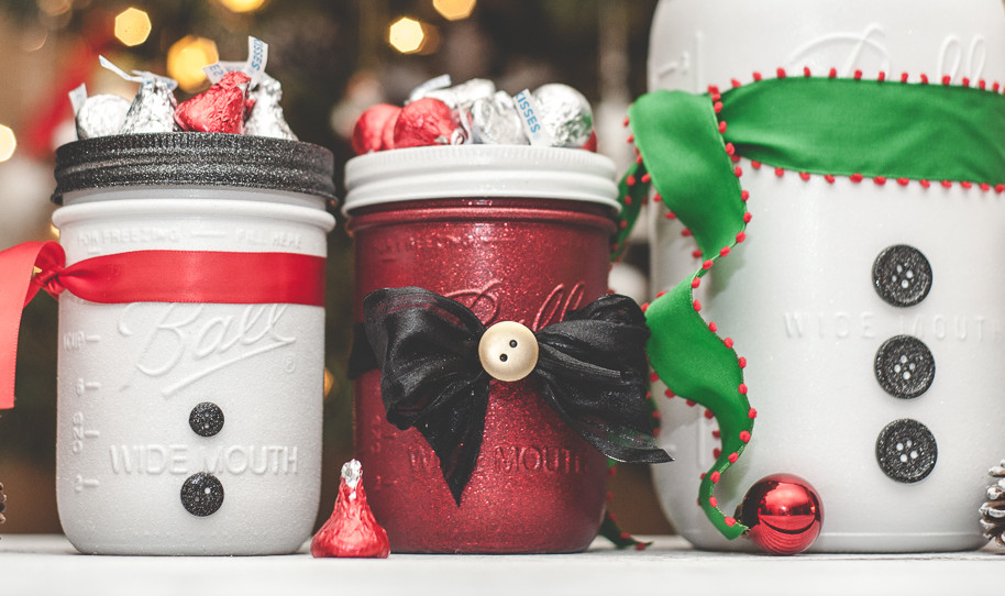 Santa and snowman mason jars for gifts