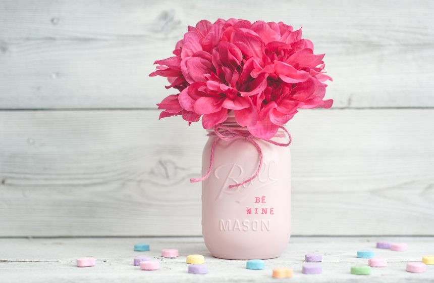 Candy heart Valentine saying painted mason jar set.