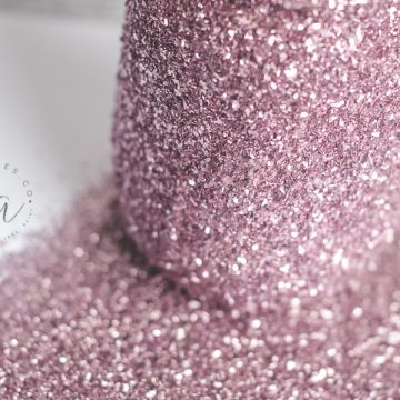 DIY Glitter Mason Jar Tutorial