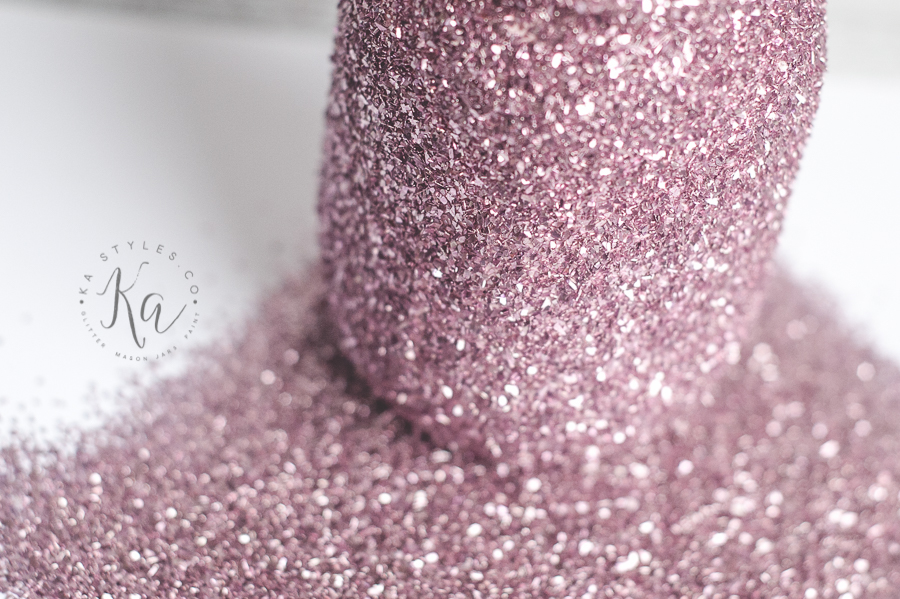 DIY glitter mason jar tutorial.