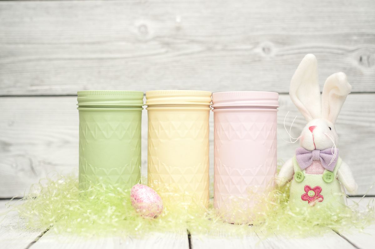 Pastel Easter painted mason jars-2