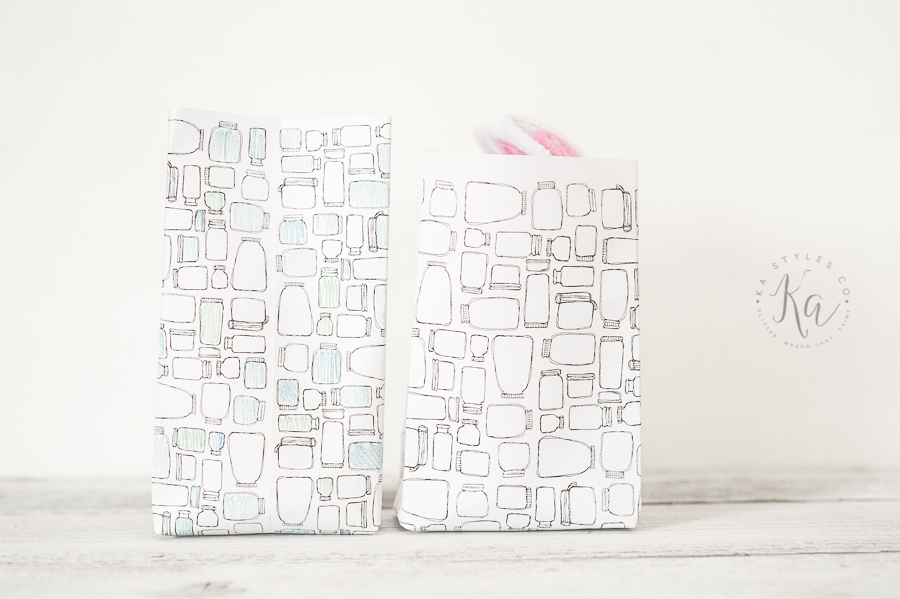 Free printable mason jar paper download. Make bags, use as color paper or frame.