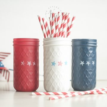 4th of July Painted Mason Jars