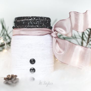 Yarn Snowman Mason Jar Luminary