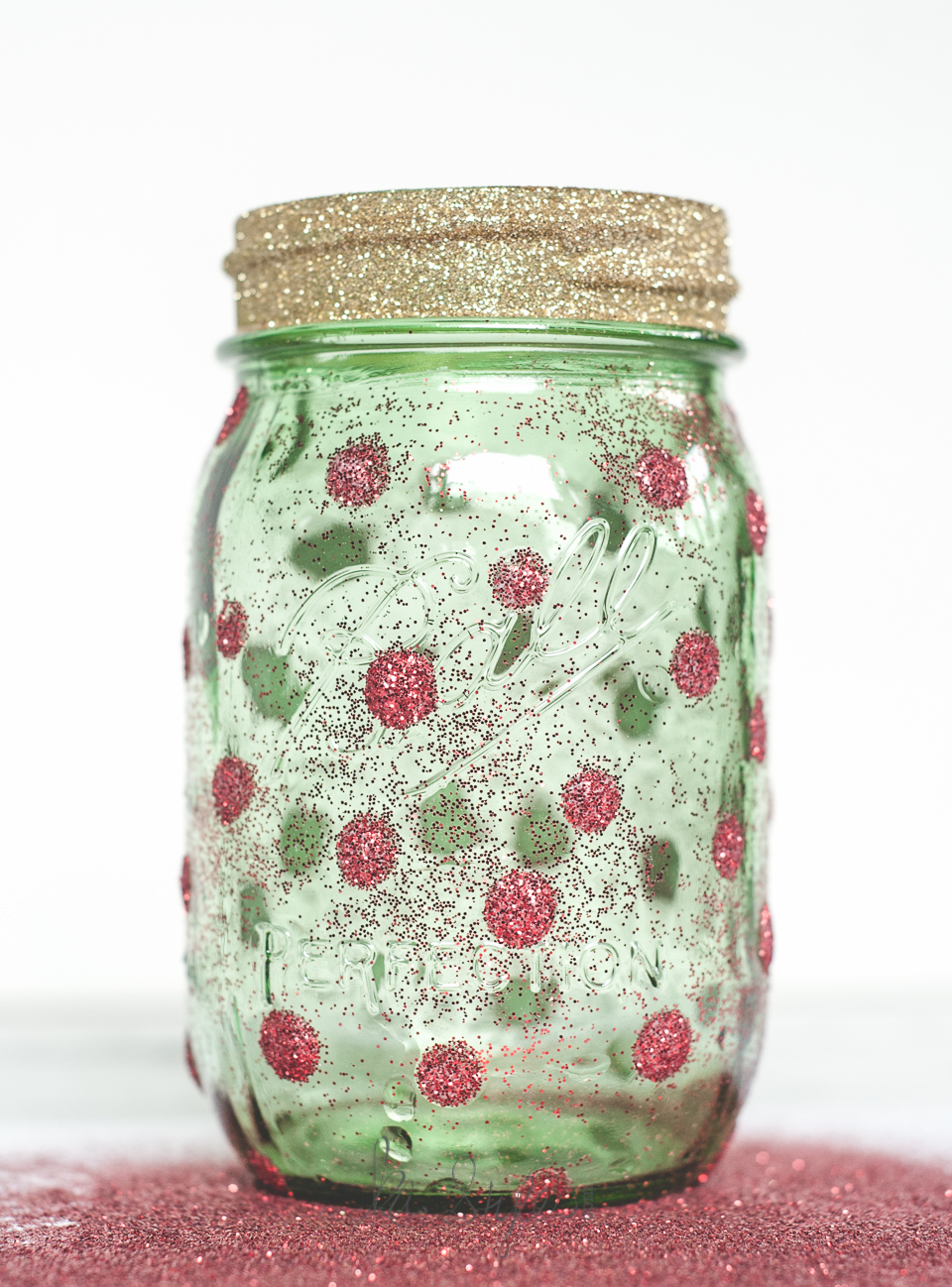 Glitter holiday tree mason jars-4