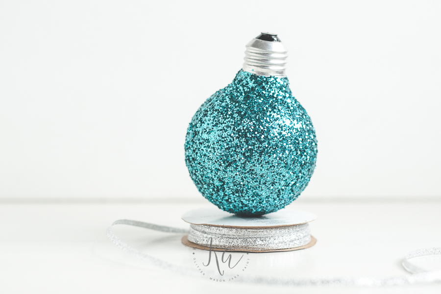 upcycled-glitter-lightbuld-ornament-2