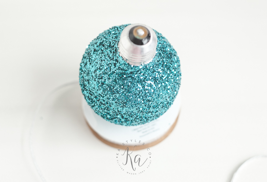 upcycled-glitter-lightbuld-ornament-3