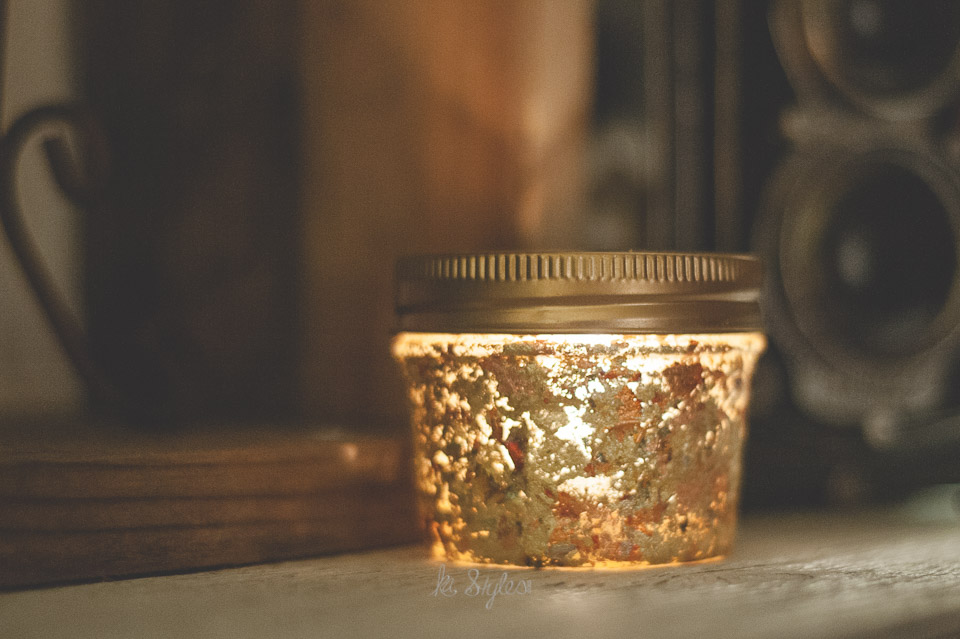 Gold leaf mason jar candle.