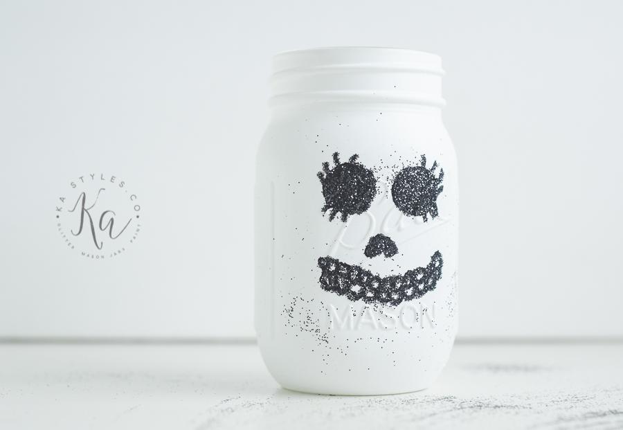 glitter-skull-mason-jar