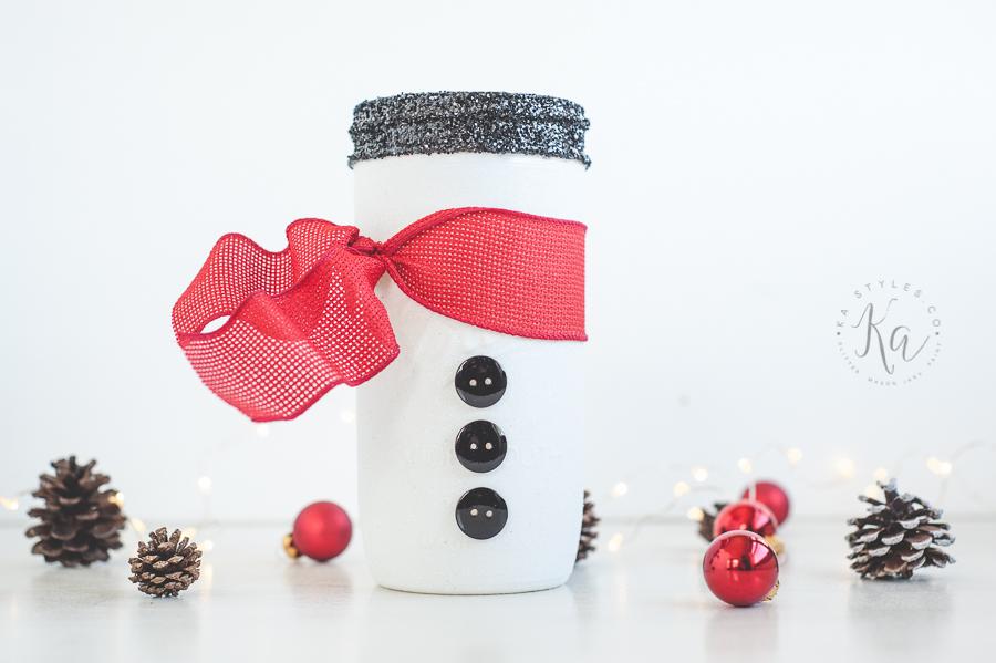 DIY glitter snowman mason jar.