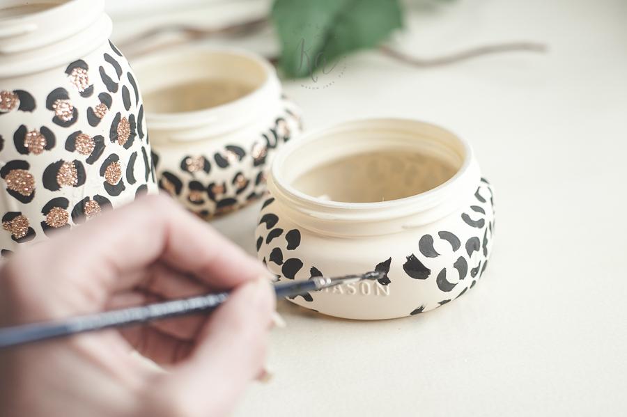leopard-print-glitter-mason-jar-2