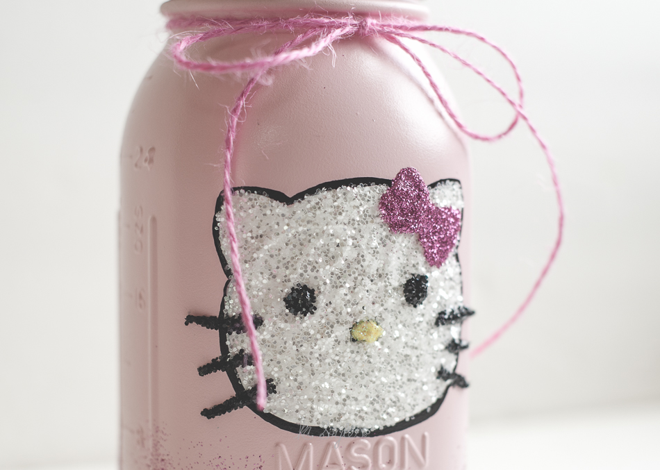 DIY Glitter Hello Kitty mason jar decor.