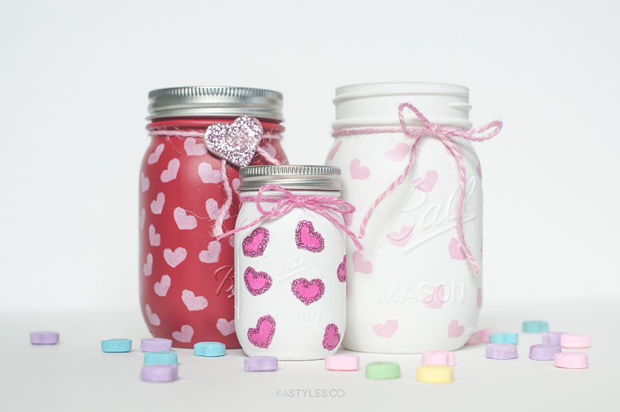 DIY heart stamp Valentine's Day mason jars with spray paint. The new mini mason jars.