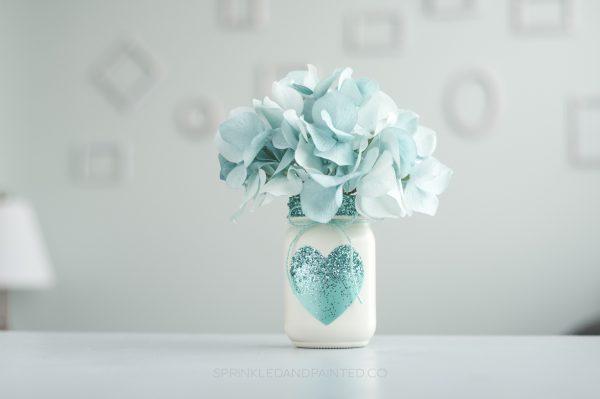 Aqua heart and glitter decor vases